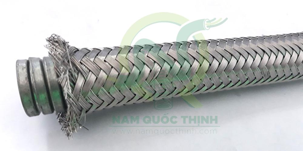 Ống ruột gà lõi thép bọc lưới inox 304 chất lượng